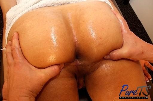 Arousing Latina TS Babe Angela Bratz Comes Into My Massage Parlo