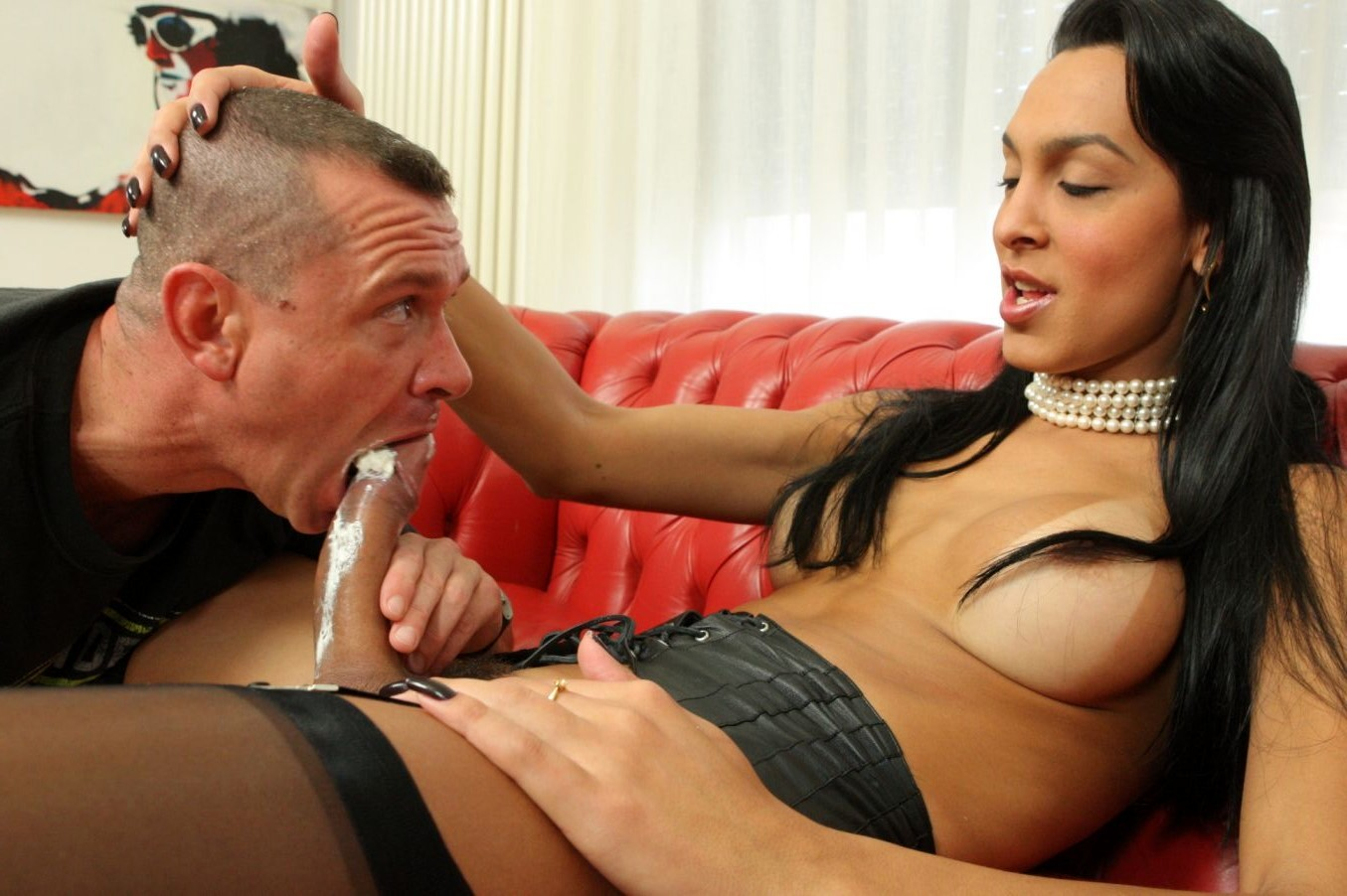 Big T-Girl Cock Blowed