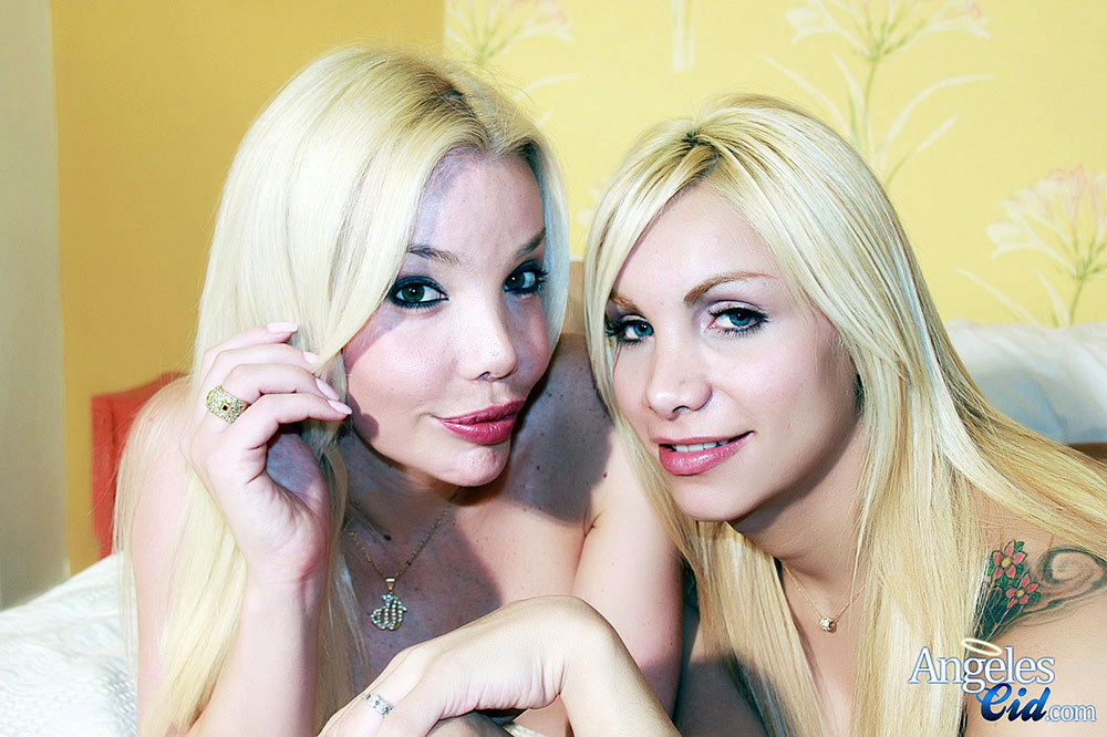 Blonde Ladyboys Angeles Cid And Ana Mancini