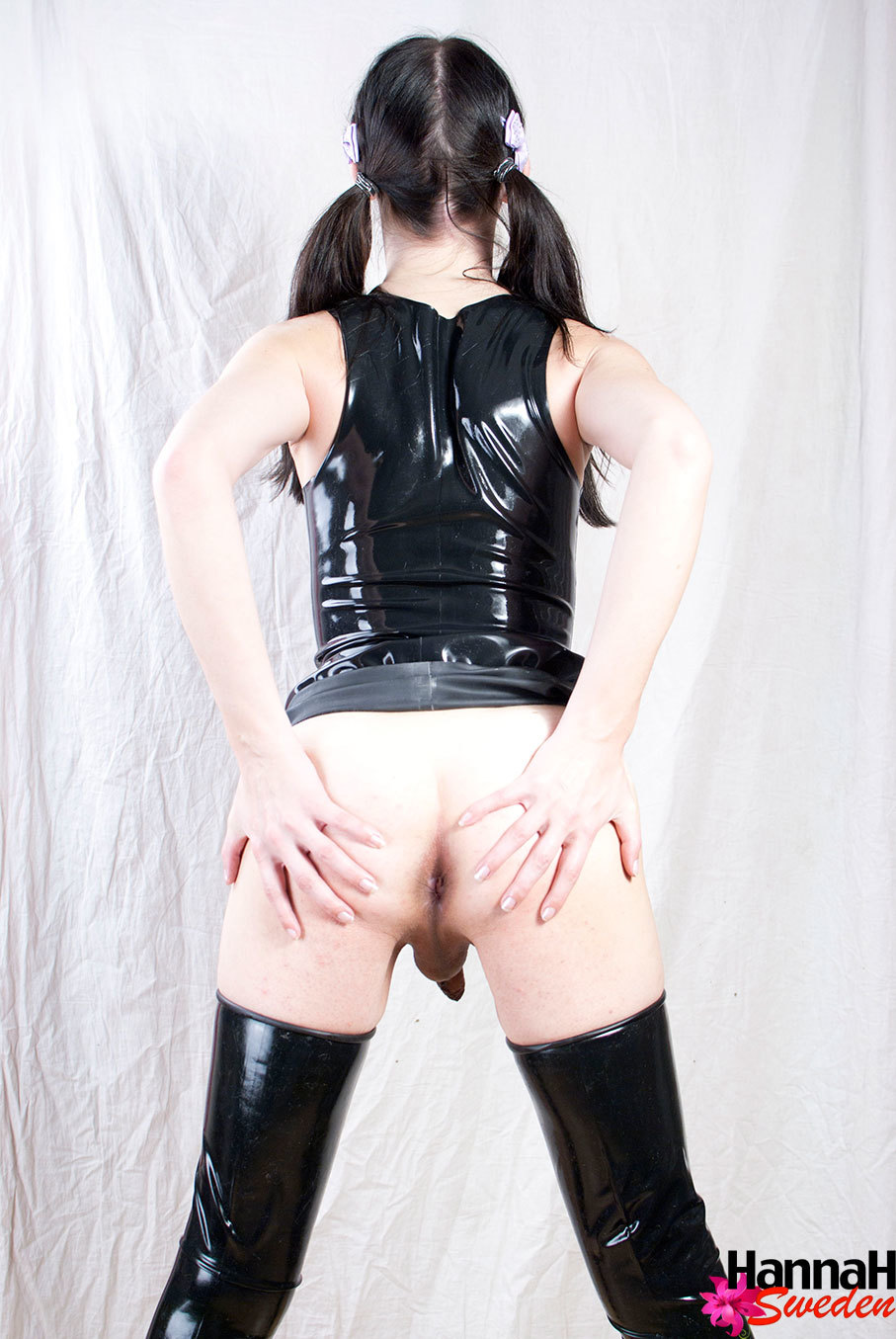Brunette T-Girl Naked Showing Her Bum Tits And Tool