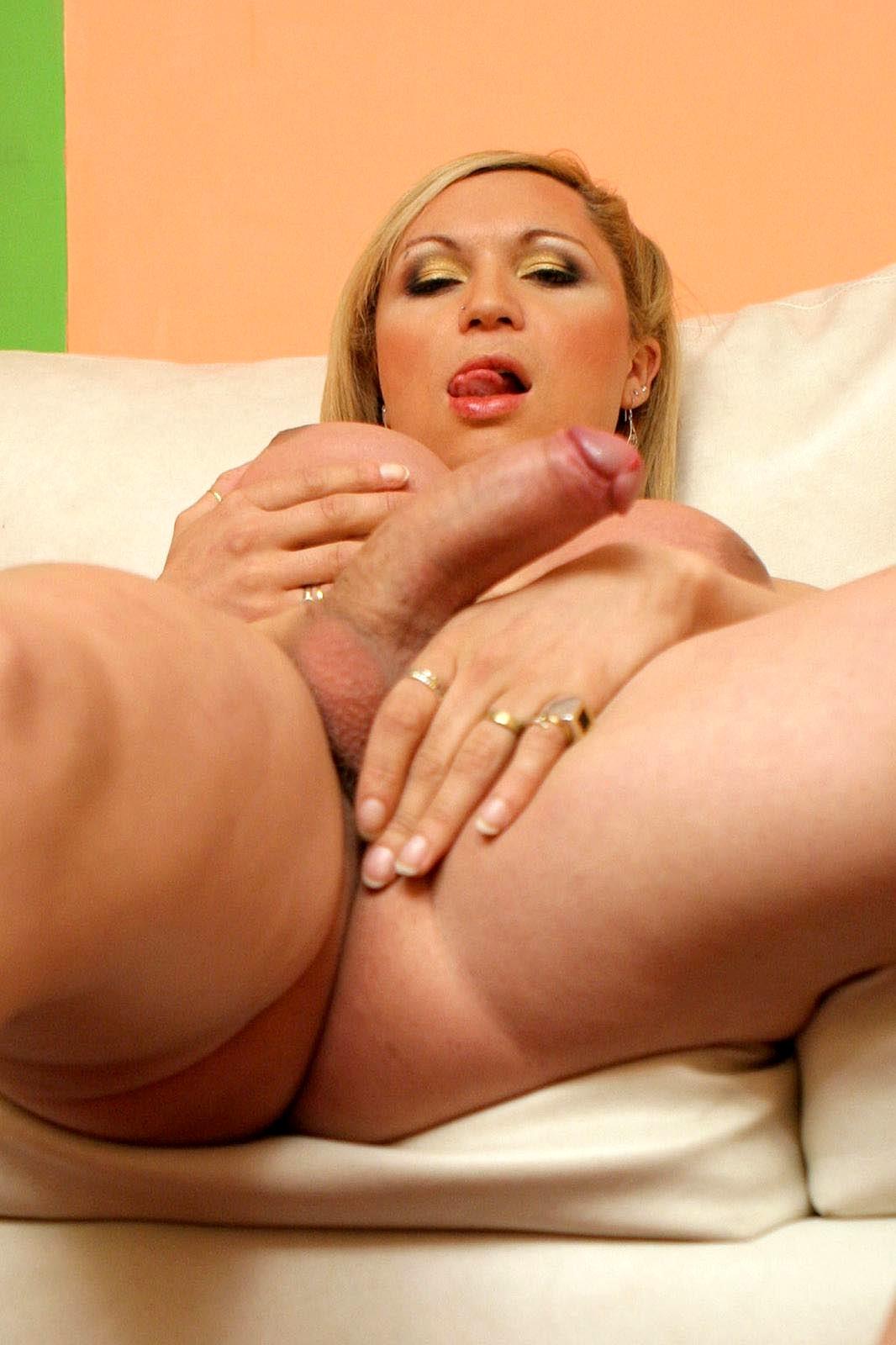 Curvy Tranny Karen Visconti Getting Her T-Girl Penis Tease