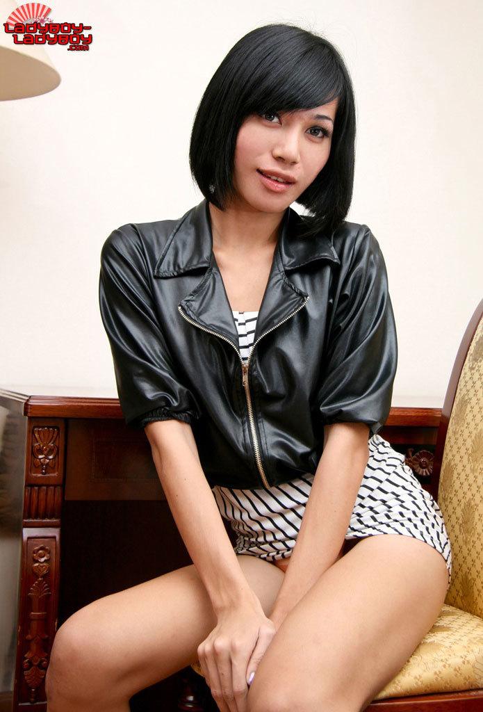 Cute Teen T-Girl