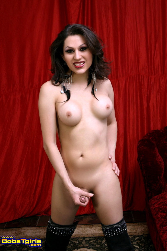 Flirtatious Sweetie Selina Malone Teasing And Stripping