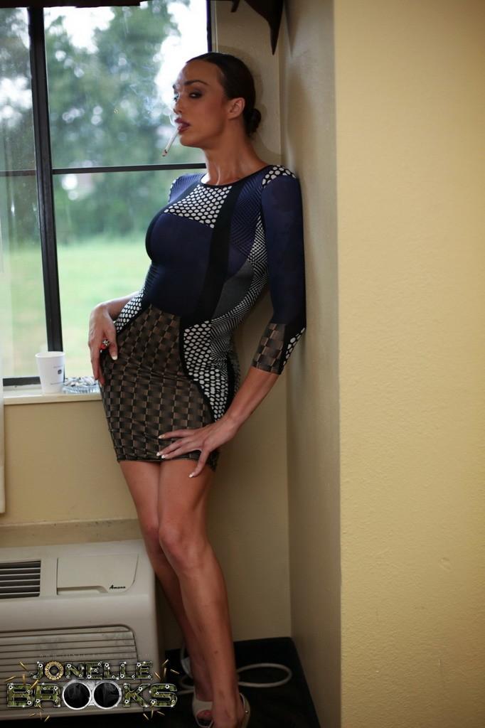 Gorgeous Ts Jonelle Posing