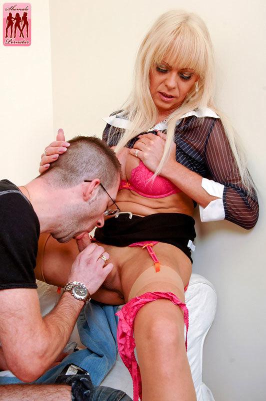 Joanna Jet Returns To Ts Pornstar