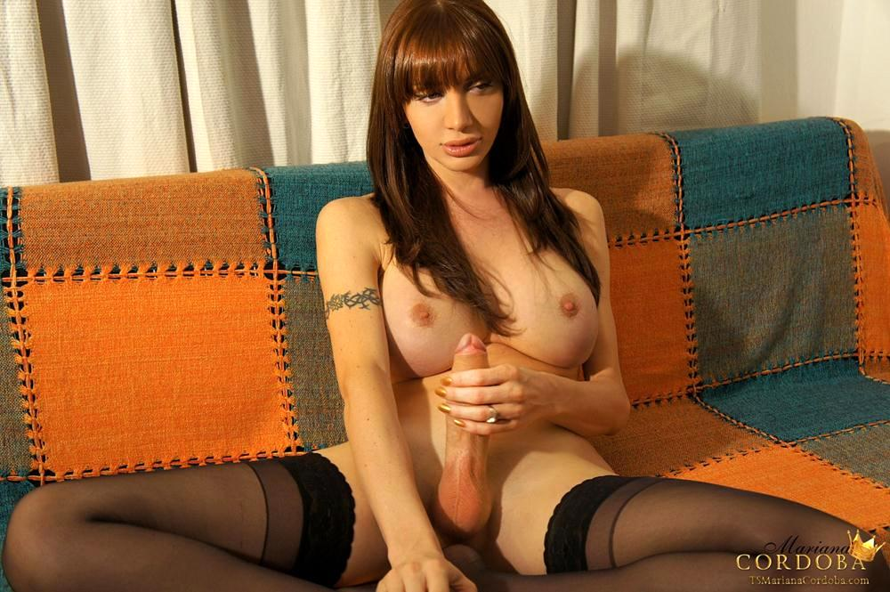 Mariana Cordoba Rub's Off To Internet Porn