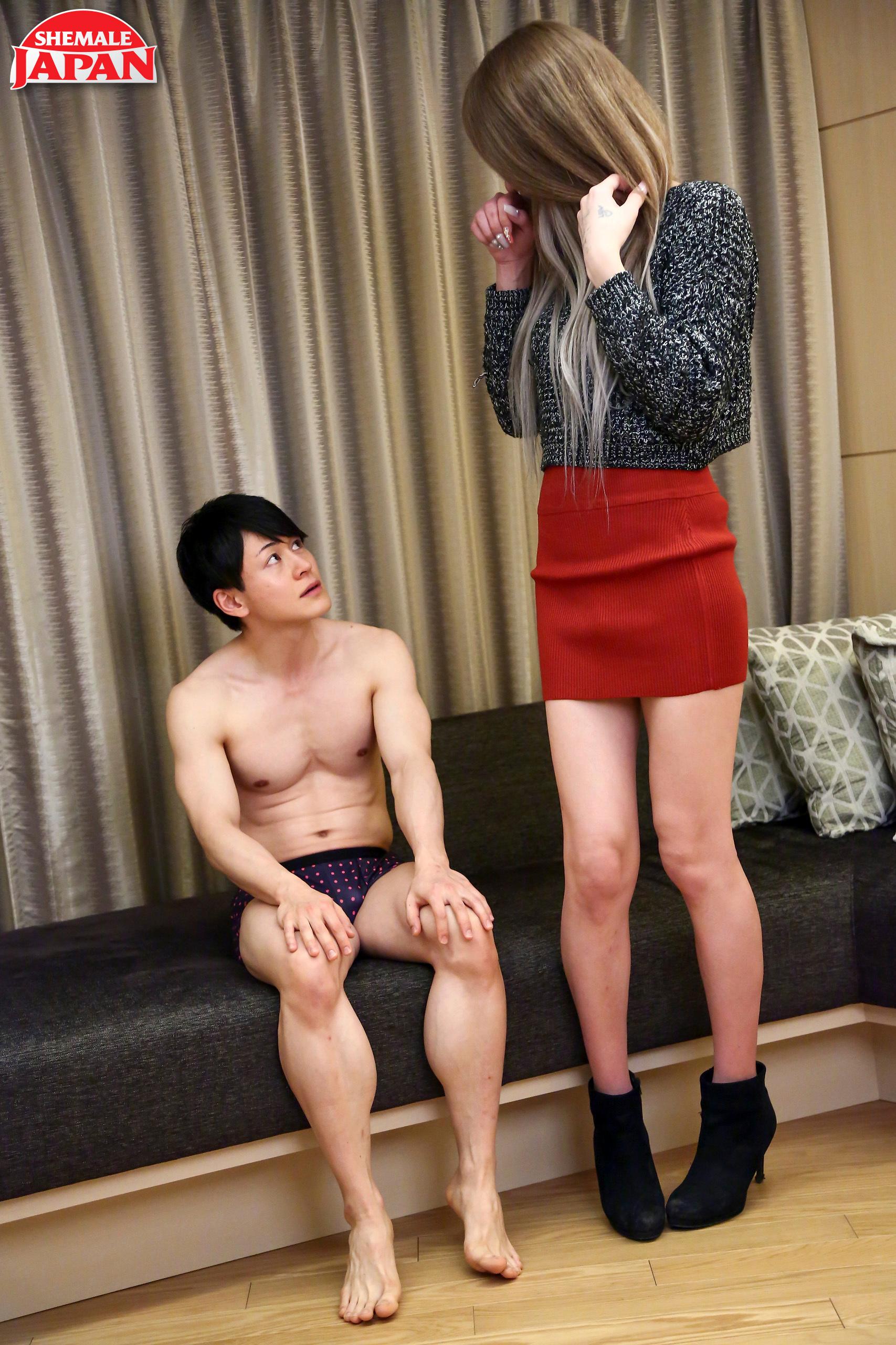 Meika Kuroki Gets Her Bum Pounded!