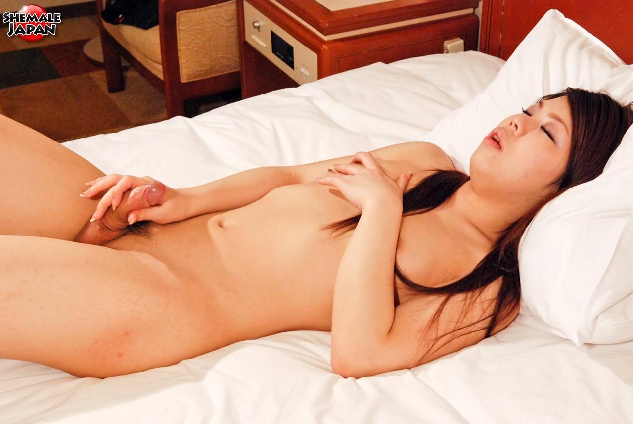 Nasty 19 Yo Osaka New Half Yumika Enjoys To Show Off Her Butt