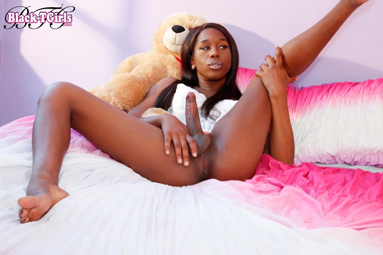 Naughty Black Ts Tyra Alice Has A Inviting Face, A Stunnin