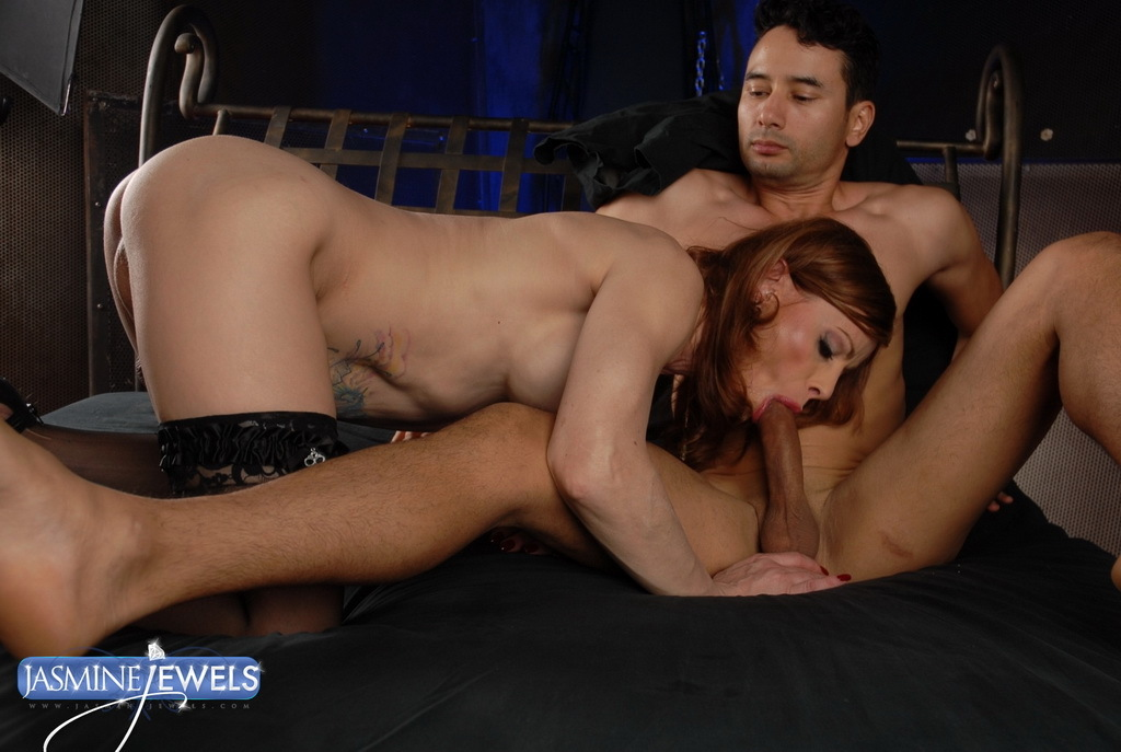 Naughty TMILF Jasmine Jewels Having Sex With Her Boytoy