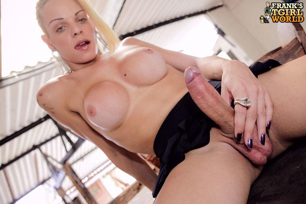 Provocative Blonde Femboy Hottie!