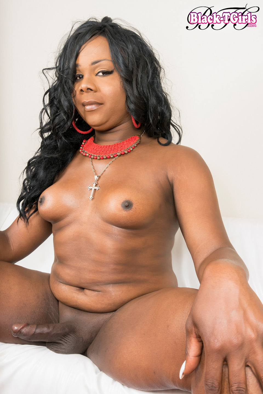 Provoking Layla Bugatti Has A Sexy Meaty Body, A Massive Thick Asshole And