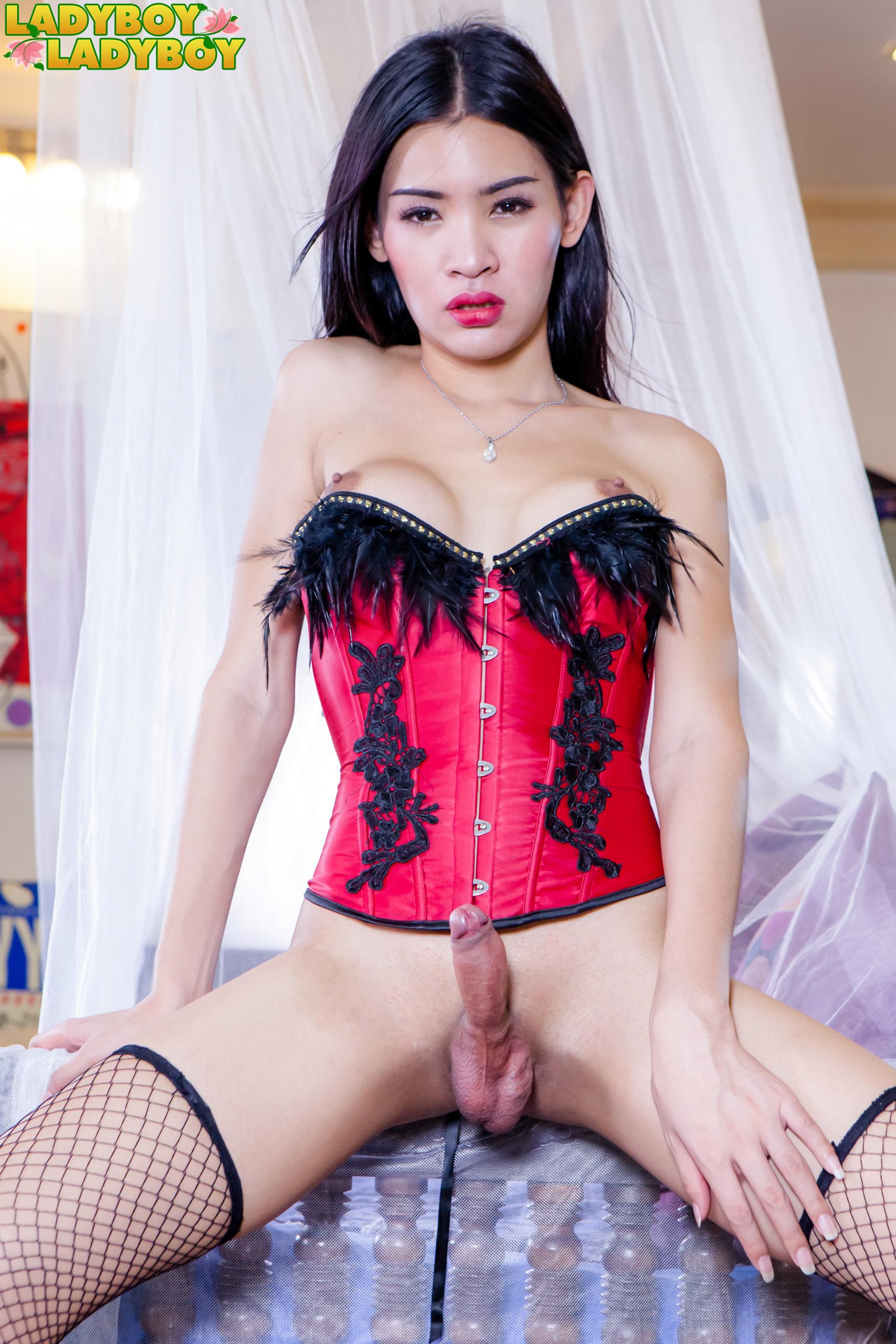 Slutty Doll Fong Drips Cum!
