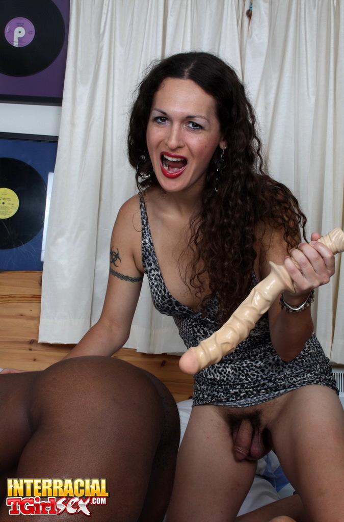 Slutty TS Nikki Nailing Retro With Enormous Toys