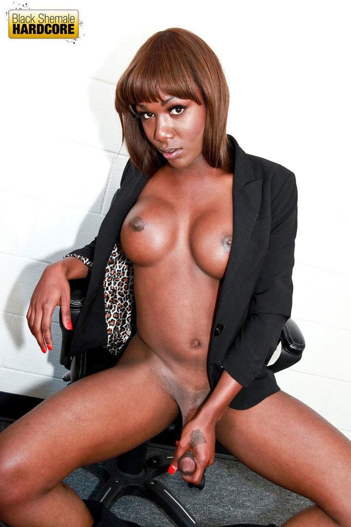 Smoking Spicy Ebony Babe Gets Smashed