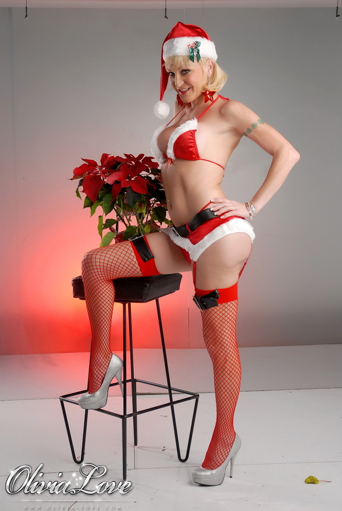 Splendid TS Olivia Love Posing In Inviting Xmas Costume