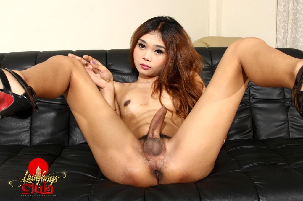 Steamy Yoko Gets Wood Spreads