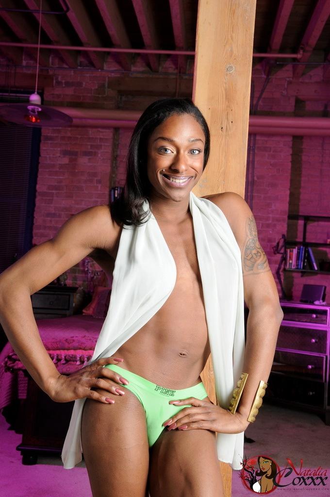 Super Inviting Ebony Transsexual Natalia Coxxx Posing