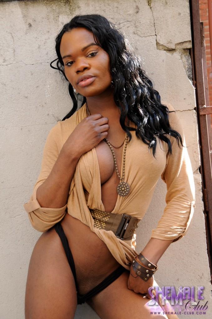 Super Racy Black Femboy Elexa Posing Her Marvelous Goodies