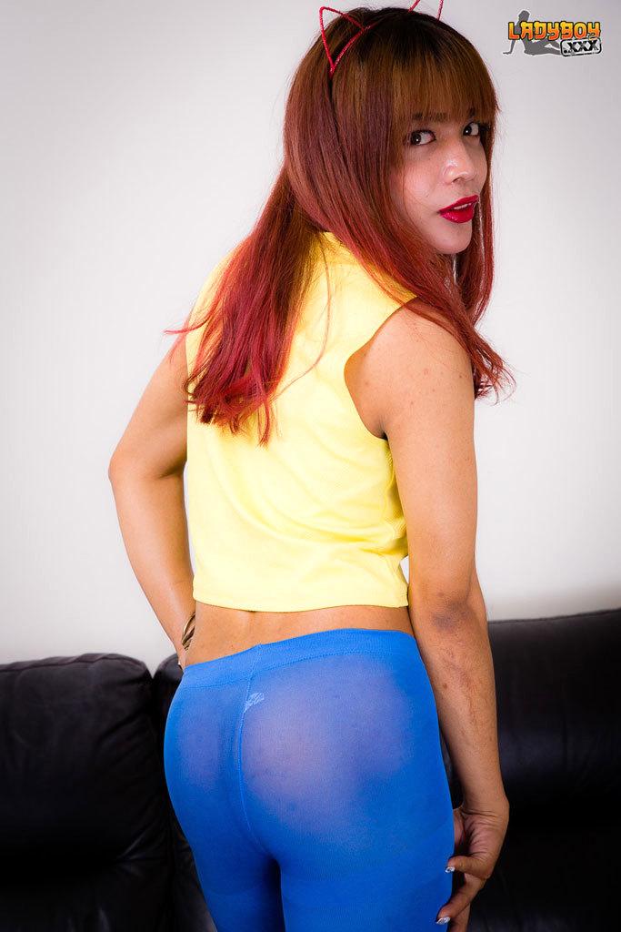 Tgirl Rose Jizzes In Blue!