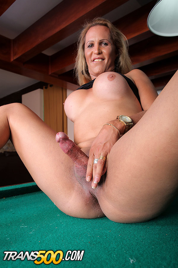 Vanessa Bysmark Desires Having Some Solo Time To Rubber Toy Her Thirs