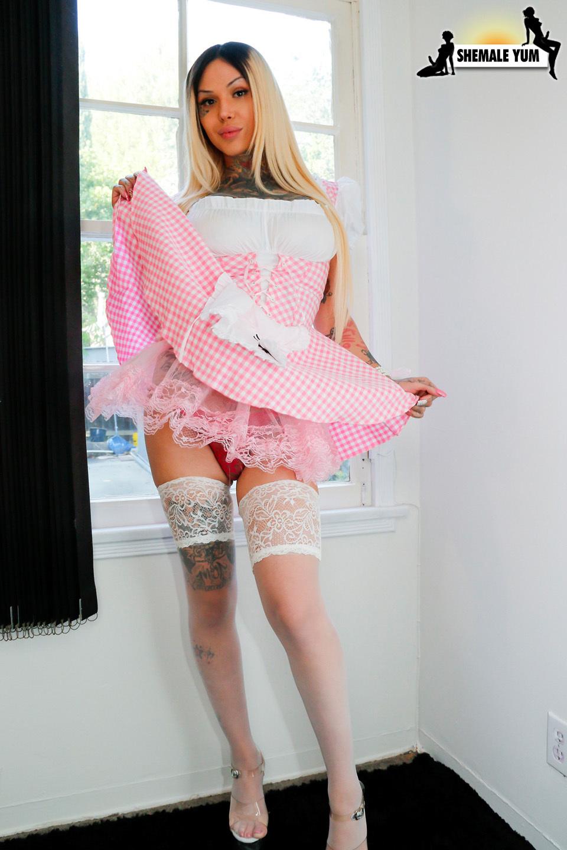 Very Filthy Maid Britney Boykins!